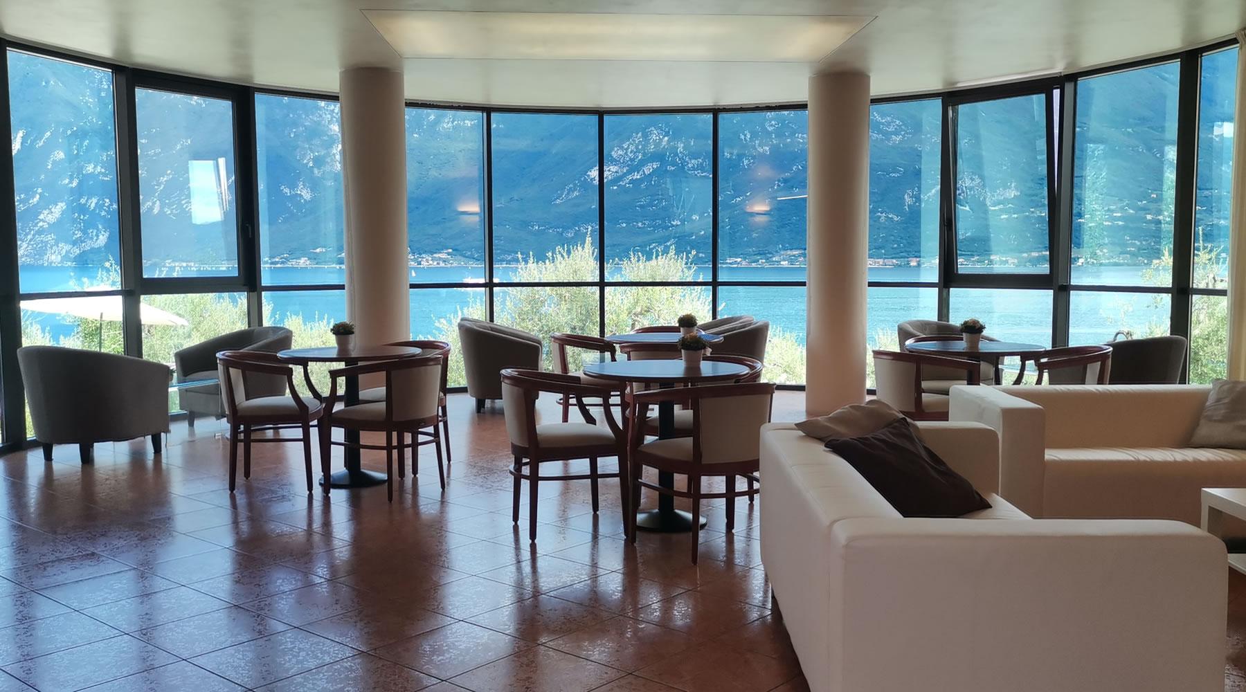 hotel garden in garda am gardasee garden ftempo. Black Bedroom Furniture Sets. Home Design Ideas